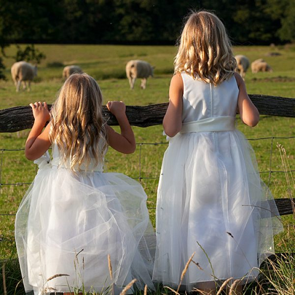 White flower girl and bridesmaid dress ideas