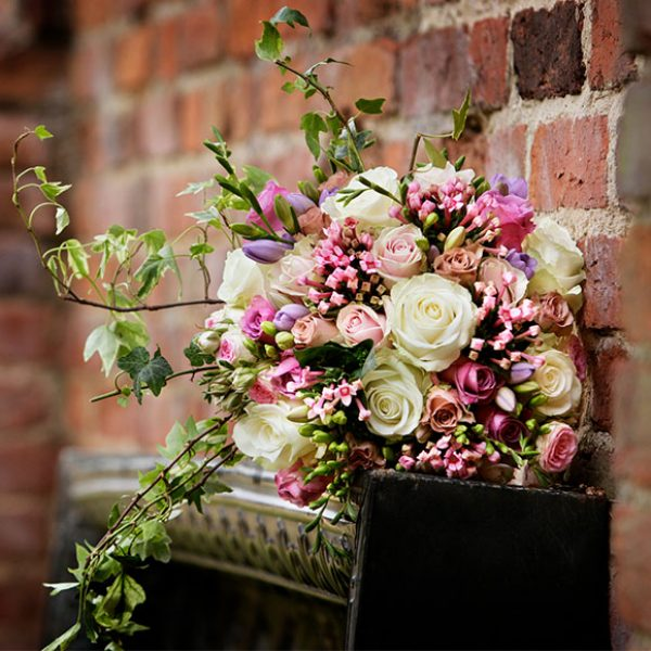 Ivory and pink wedding bouquet for summer wedding
