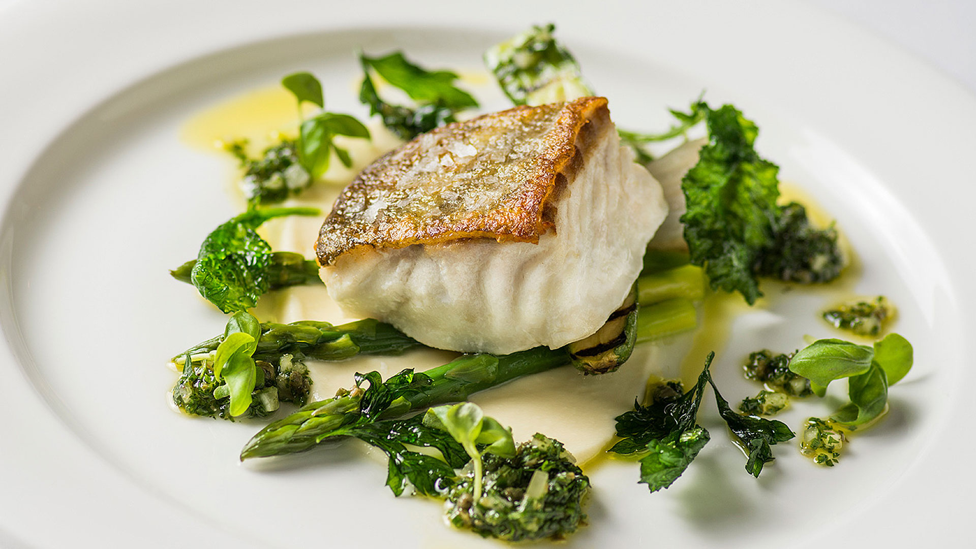 A delicious fish starter is perfect for your summer wedding menu - wedding food ideas
