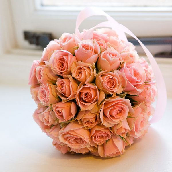 Bride's pretty rose bouquet
