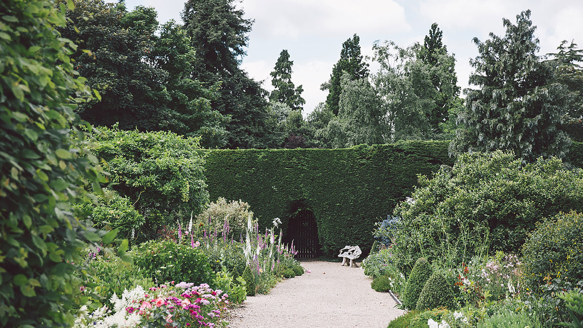 The Long Walk is a pretty outdoor wedding aisle leading to the Orangery where your wedding ceremony will be held