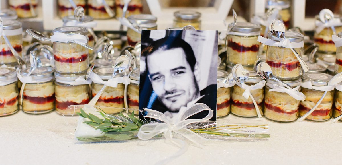 Rustic jar wedding favours at Gaynes Park